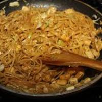 Fried Noodles With Peanut Sauce