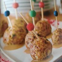 Turkey meatballs in gravy