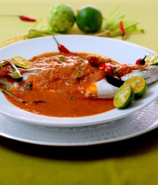 Thai style steamed fish recipe by navaneetham cookeatshare for Steamed fish recipes