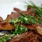 Grilled lamb chops with rosemary and lemon sauce / Costeletas de Borrego com Alecrim e Limão