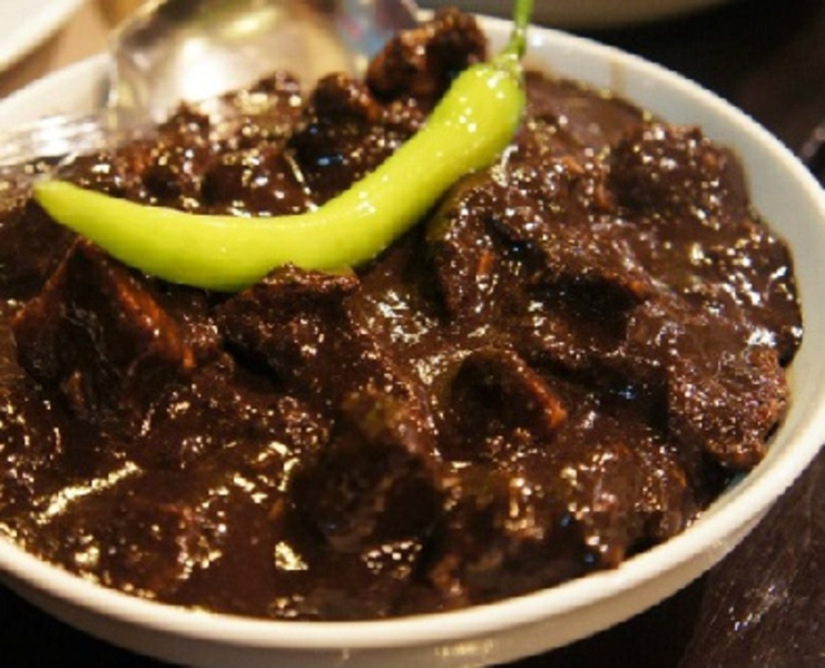 Special Crispy Dinuguan Recipe by Shalina - CookEatShare