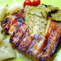 Pork chops with thyme and pesto Recipe by Kathairo ...