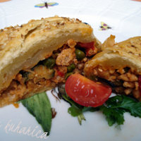 Ground turkey in a puff pastry braid