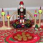 Gingerbread Cookies + a Hodgson Mill's Giveaway #GRAINHoliday @HodgsonMillInc