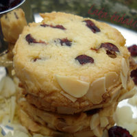Almond and cranberry shortbread
