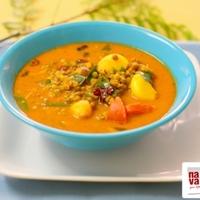 Pachai Payaru Kulambu (Green Moong Dal Curry)