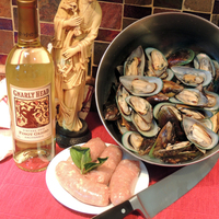 Green Curry Mussel & Sausage Stew