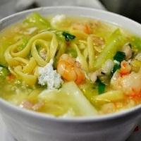 Pinoy Lomi Soup