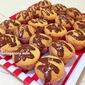 Making Easy Chocolate Vanilla Cupcakes
