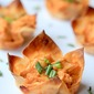 Skinny Buffalo Chicken Wonton Cups