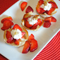 Super Easy Dessert – Wonton Cups Filled with Strawberries and Cream