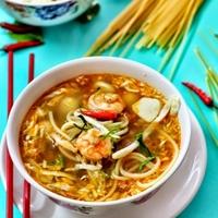 Spaghetti Tom Yam Soup