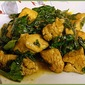 Chicken with Spinach, Garlic and Smoked Paprika - EwE
