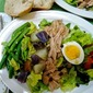 Salad Niçoise with White Balsamic Vinaigrette