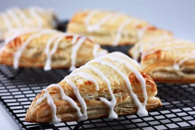 Apple Turnovers With Custard Pie Recipe by Recipesn - CookEatShare