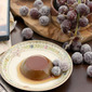 Chocolate Flan with Frosted Grapes inspired by A Walk in the Clouds | #FoodnFlix
