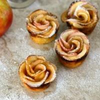 Baked Apple Pie Roses