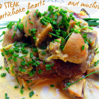 Round steak with artichoke hearts and mushrooms
