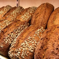 {Guest Post} How to make your homemade bread healthier