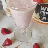 Healthy Strawberry Protein Smoothie