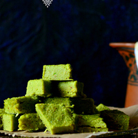 Bengali koraishutir dhokar dalna / Curried spicy green peas & lentil cakes