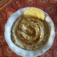 Olive and White Bean Hummus