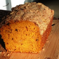 Pumpkin Nut Bread with Streusel Topping