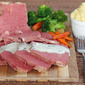 Corned Beef with White Onion Sauce