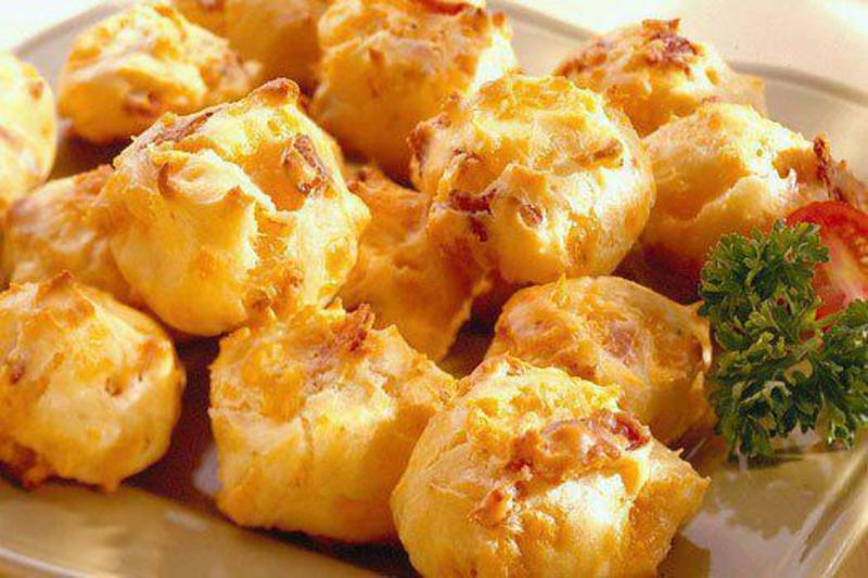 bacon chedder puffs