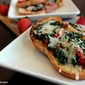 Bruschetta with Spinach, Red bell pepper and Mozarella cheese
