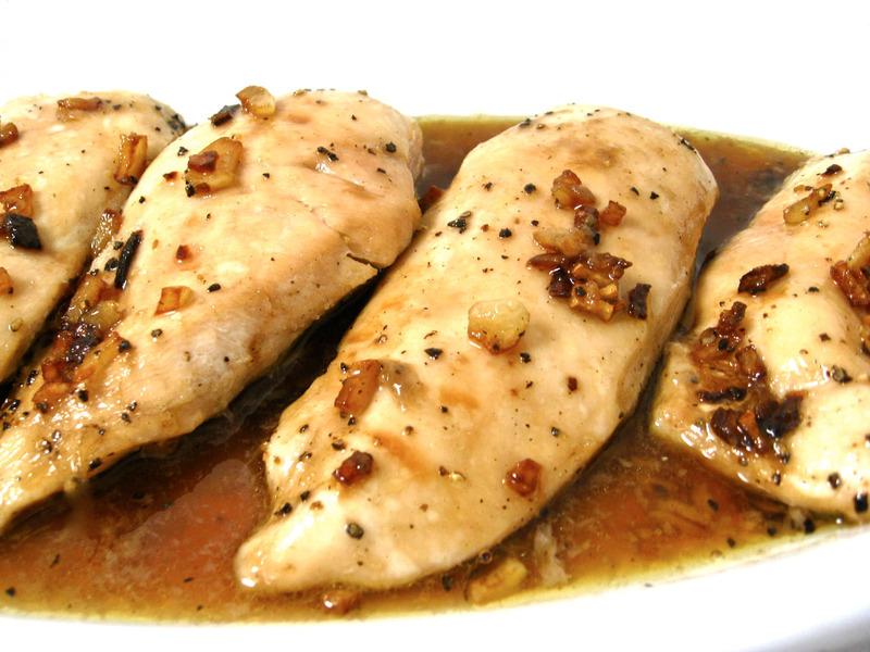 Skinny Garlic Chicken, Amazingly Easy and Delicious