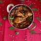 Chicken Gravy in Electric Cooker.