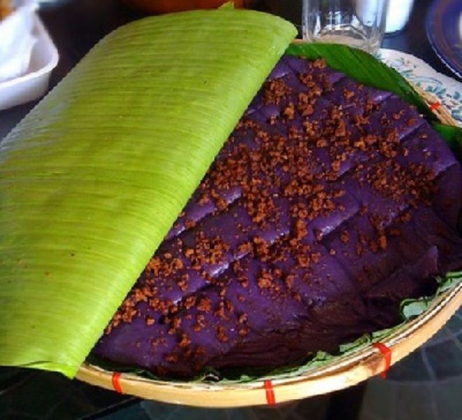 Kalamay (Sweet Sticky Rice Cake)