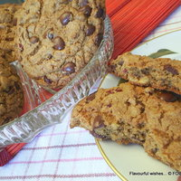 CHOCOLATE chip NUT cookie - version-2