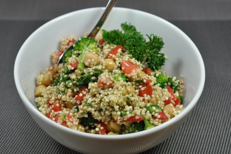 Quinoa Salad With Broccoli And Chickpeas Recipe By Ronda Cookeatshare