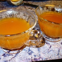 Hot Spiced Apricot Apple Cider for Halloween and Thanksgiving!