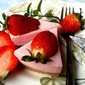 UNBAKED STRAWBERRY CHEESECAKE~with 7 ingredients only!