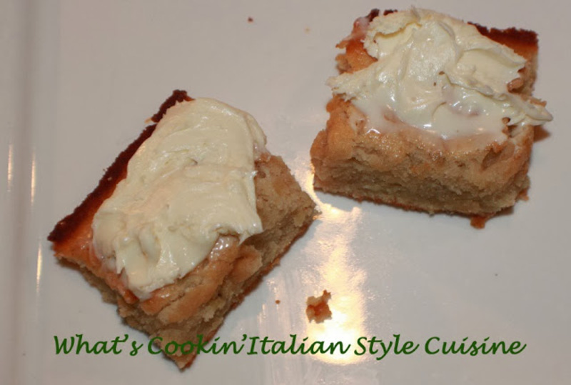 banana cream cheese frosted bars