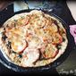 Spinach and Tomato Flatbread Pizza