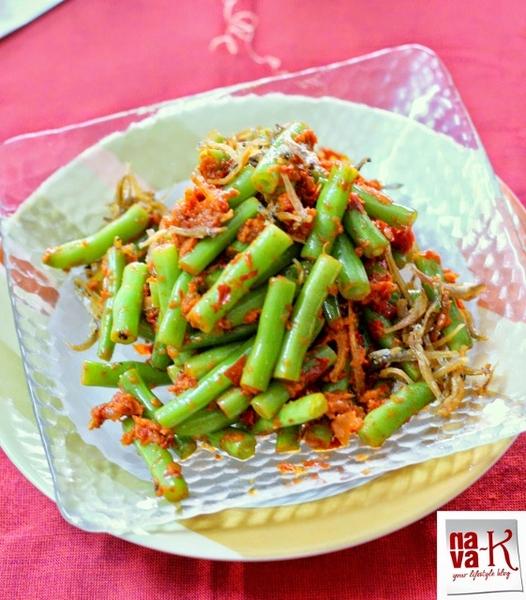 Kacang Buncis Goreng Belacan (French Beans With Shrimp Paste)