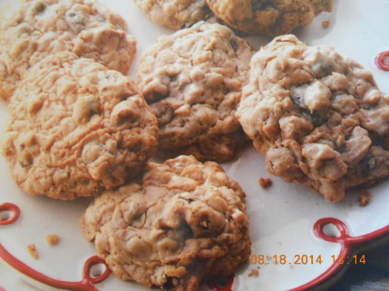 Easy Cake Mix Oatmeal Craisin Cookies