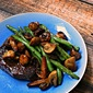 Steak with Mushrooms and Green Beans~ Circulon Canada