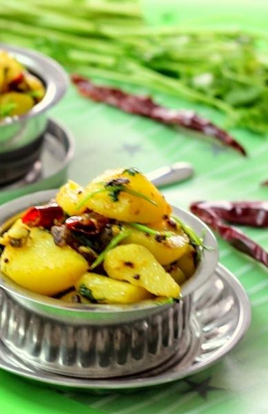 Chilli Stir Fried Potatoes