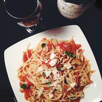 Fresh Tomato Sauce w/ Sautéed Zucchini & Spaghetti
