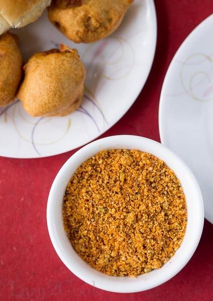 Dry Garlic Chutney for Vada Pav