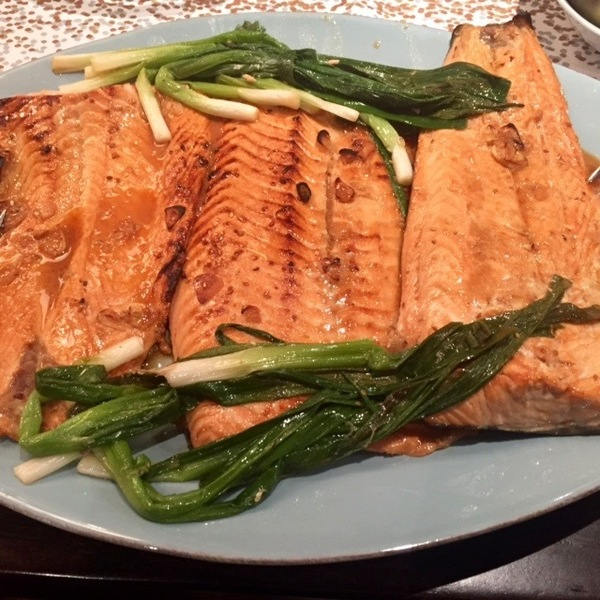 Broiled Asian Salmon with Scallions and Sesame
