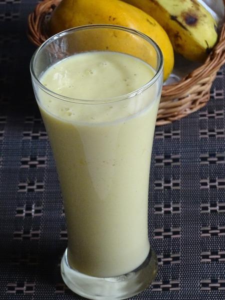 Mango- Banana Smoothie Recipe
