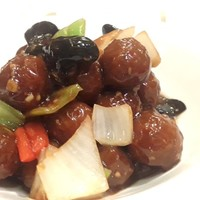 Brown Sauce with meatballs
