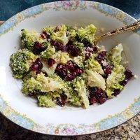 Broccoli Cranberry Quinoa Salad with Honey Lime Dressing