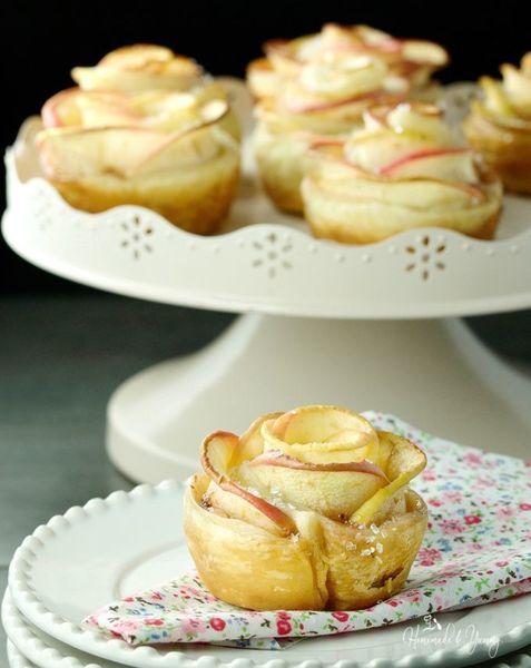 Apple Rose Puffs A Pretty Delicious Dessert